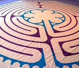 Canvas Chartres Essence Walking Labyrinth